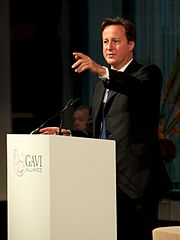 David Cameron makes his copywriting point by pointing